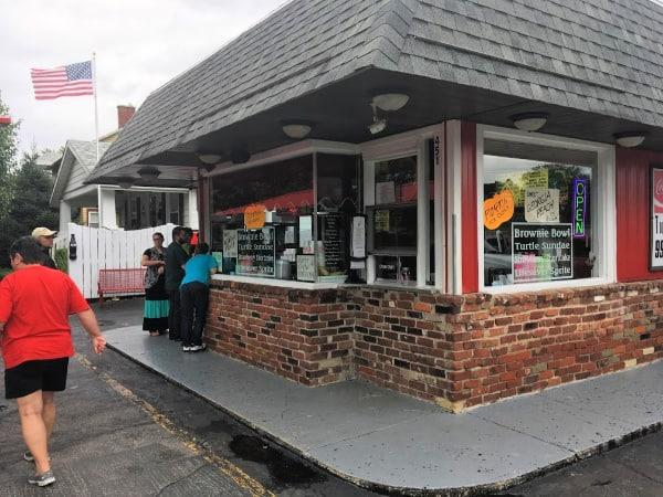 East End Ice Cream, Peru, Indiana.